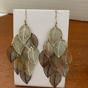 Avon Textured Leaves  Chandelier Earrings Goldtone